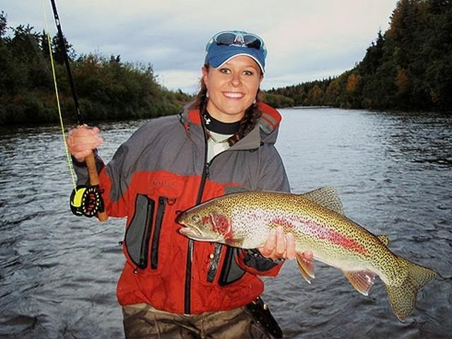 Женщина рыболов